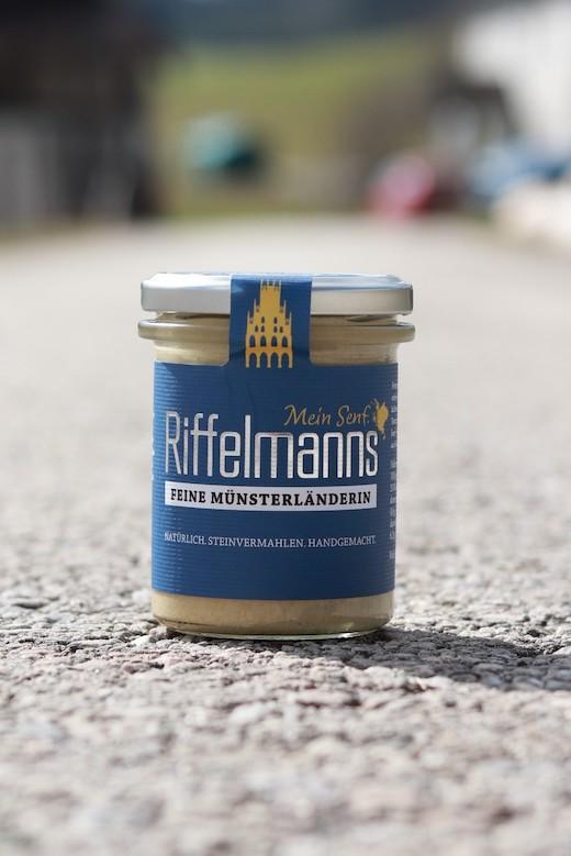 Feine Münsterländerin im Schraubdeckelglas von Riffelmanns Senf