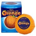 Der Terrys Chocolate Orange Ball unverpackt, daneben mit quadratischer Kartonverpackung
